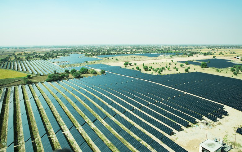 Indian solar tender awards 1.2 GW at INR 2.54/kWh - report