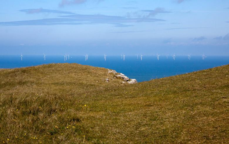 Greencoat agrees to buy 90 MW of offshore, onshore wind