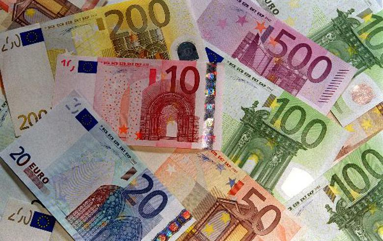 Bulgaria's gross foreign debt edges down in June