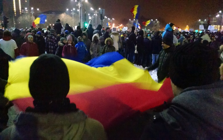 Tens of thousands keep seeking Romanian govt resignation
