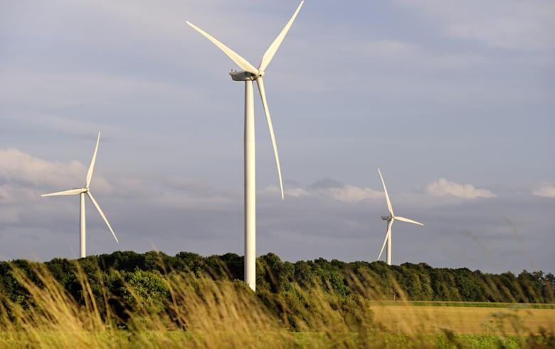 GE unveils 300-MW wind turbine order, cybersec deal with Invenergy