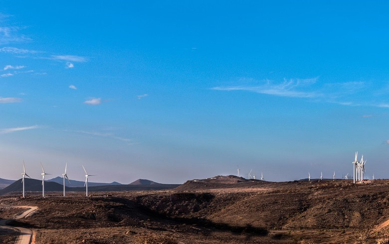 Kenya inaugurates today 310-MW Lake Turkana wind farm