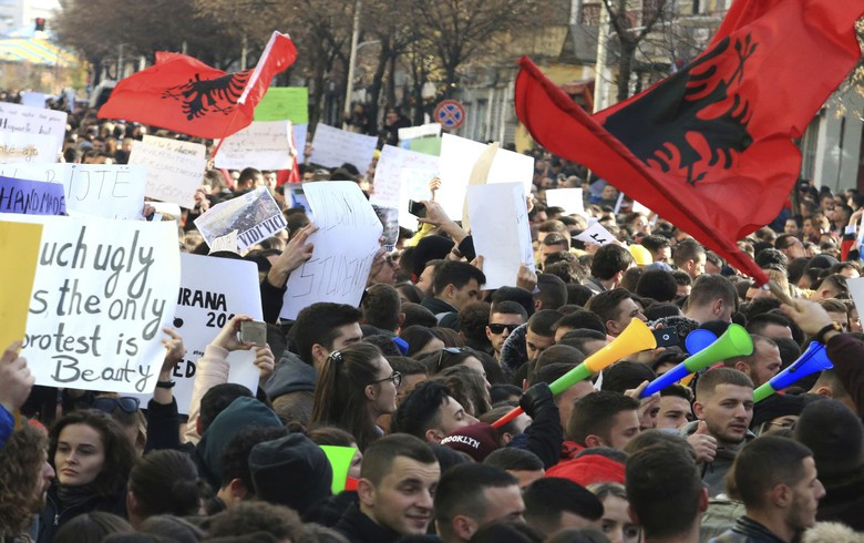 Albania's president refuses to endorse 2019 budget amidst students' protests