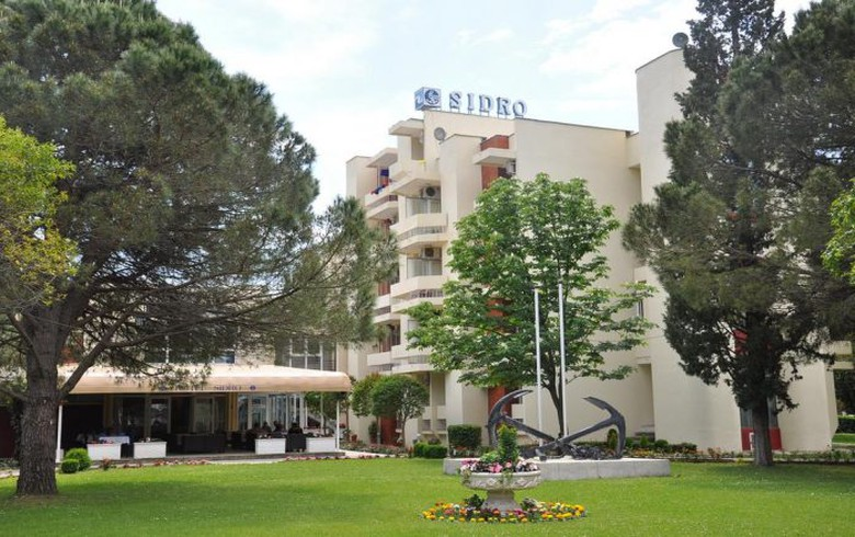 Montenegro's Luka Bar offers Sidro hotel for sale for 1.77 mln euro - report
