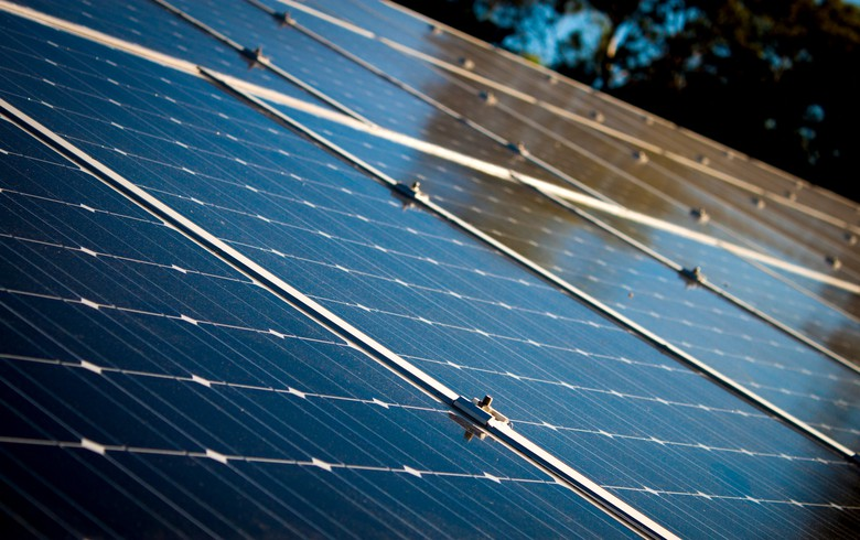 UPDATE - EDF Energy gets Solarplicity customers in UK