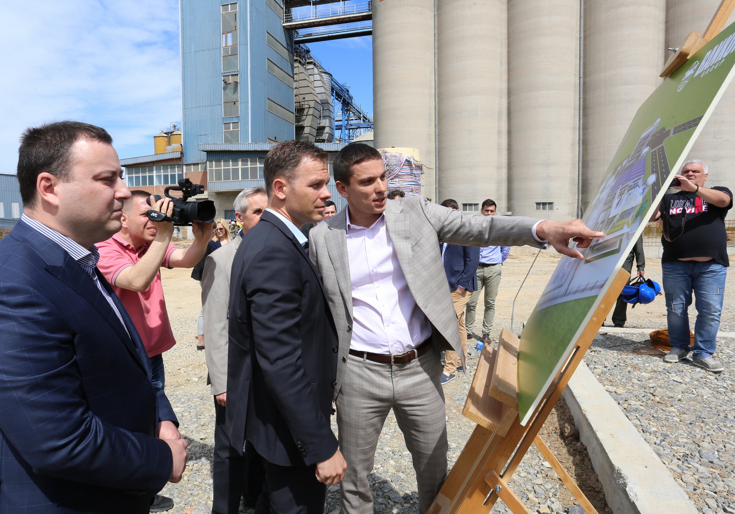 Serbia's Bankom to build 14 mln euro soybean processing factory