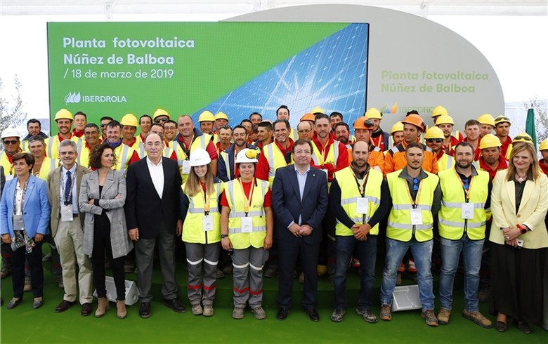 Iberdrola breaks ground on 500-MW PV plant in Spain's Extremadura