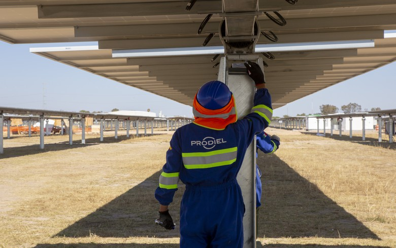 Prodiel building 500 MW of Spanish solar parks for Solarcentury