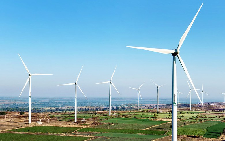 Lowest bid in SECI's tranche-VI wind auction hits INR 2.82/kWh - report