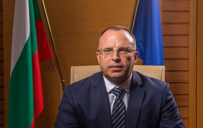 Bulgaria's agriculture minister resigns amid ongoing scandals