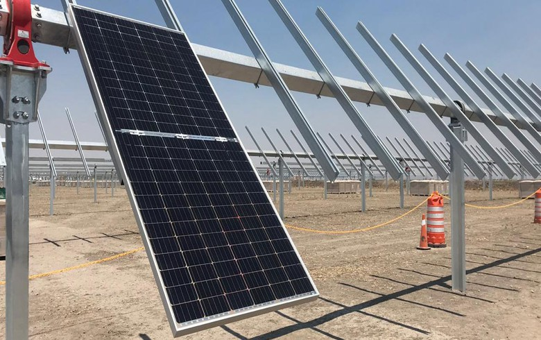 Enel installs 1st bifacial module for 220-MW solar project in Mexico