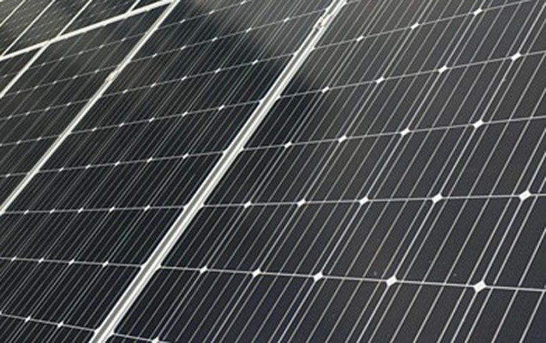 India starts collecting 25% safeguard duty on solar imports