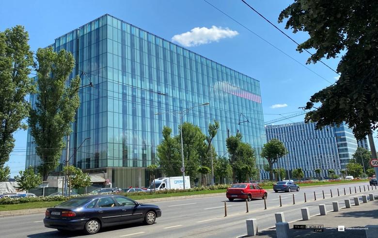 河流发展将布加勒斯特办公大楼销售给Uniqa房地产管理