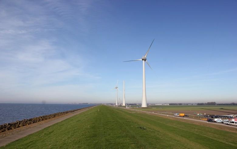 Innogy opens 90-MW piece of giant Dutch wind park