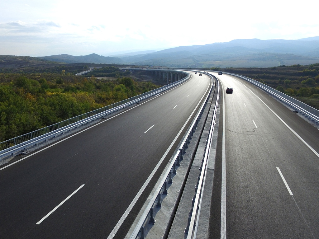 Bulgaria says 321 mln euro EU financing for Struma motorway project now approved