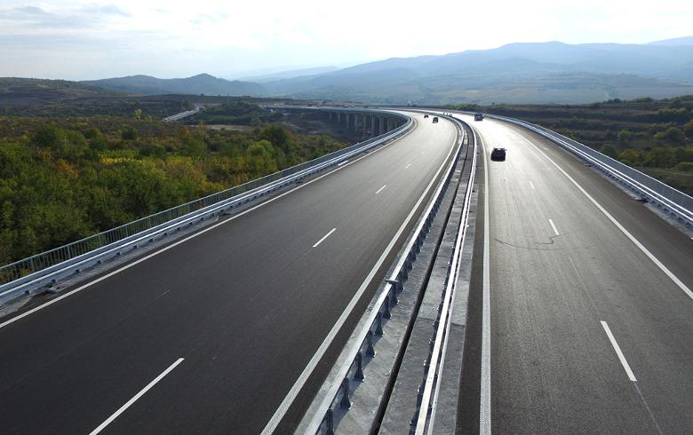 Bulgaria opens new tender for construction of 128 mln euro motorway tunnel