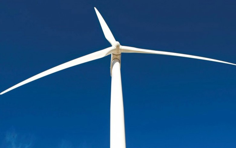 Dominican Republic sets dealine for 361 MW of wind, solar projects