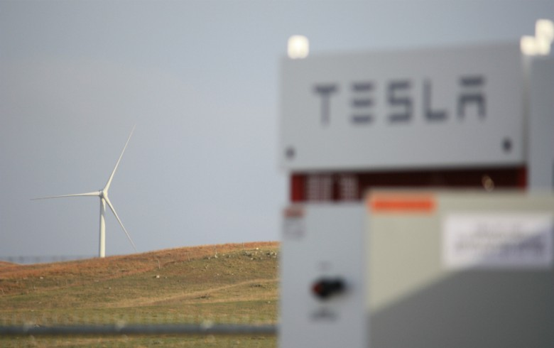 Tesla batteries in place at BP's 25-MW wind farm in S Dakota