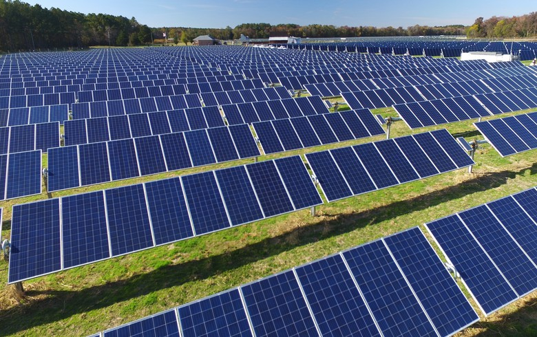 Amazon unveils deals for 615 MW of solar capacity in China, Australia, US