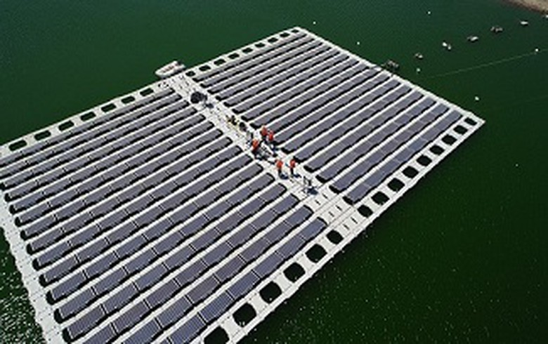 Anglo American sets up floating PV farm on tailings pond in Chile