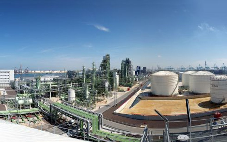 Neste to host green hydrogen production at Rotterdam refinery