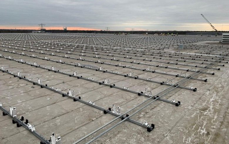 Belgian Heylen Energy launches construction of 18-MW solar rooftop