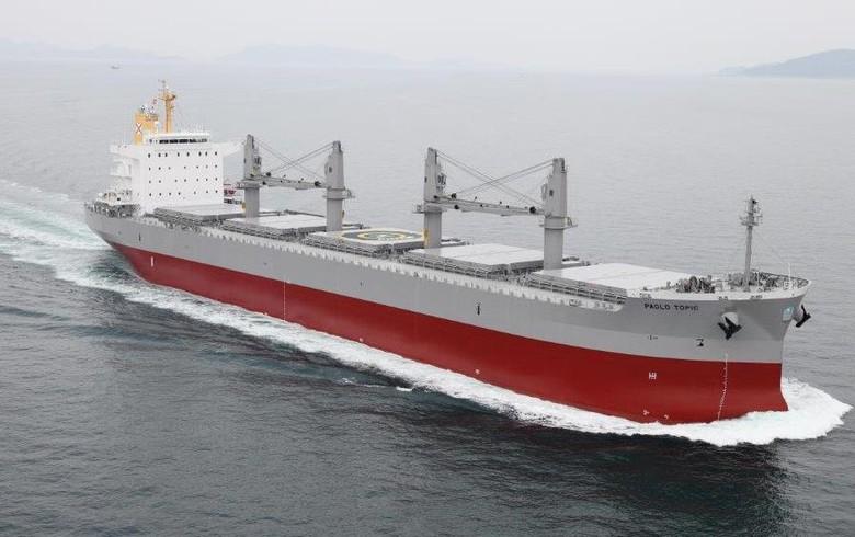 Solbian equips bulk carrier with PV panels