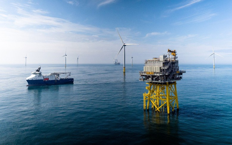 Statoil, partners open 402-MW Dudgeon offshore wind farm