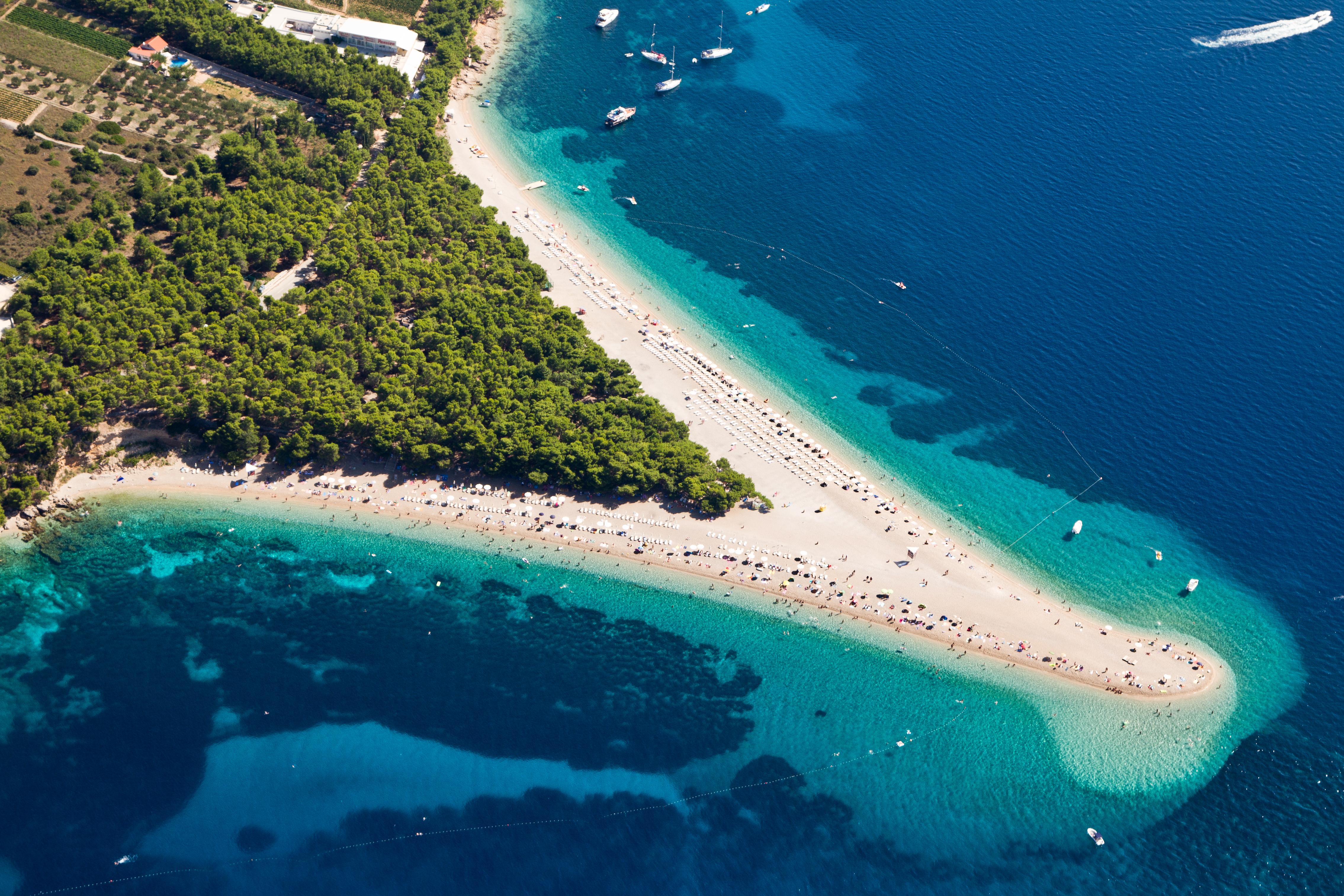 Croatia reports record 18.5 mln tourist arrivals in 2017