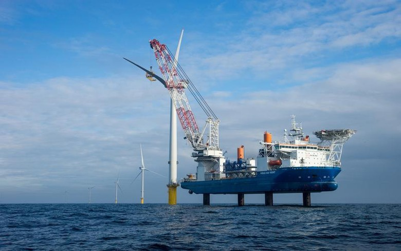 Jan De Nul lands turbine installation job at 480-MW French offshore wind farm