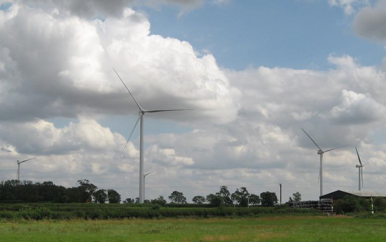 Vattenfall sets up unit to run UK electricity networks