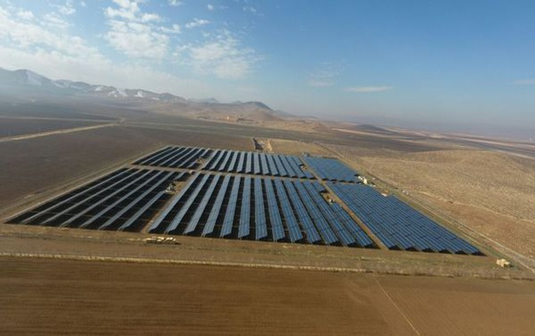 Italian, Chinese partnership eyes 1 GW of solar projects in Iran - report