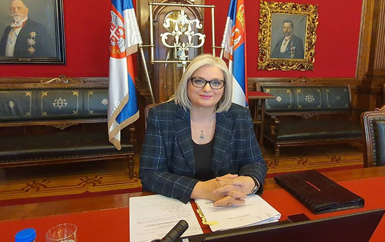 塞尔维亚中央银行将2021年的经济增长预测提高到6.5%——州长