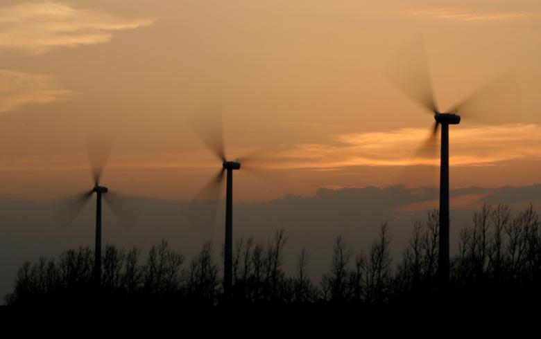 All turbines go up at 96-MW Clocaenog Forest wind farm in Wales
