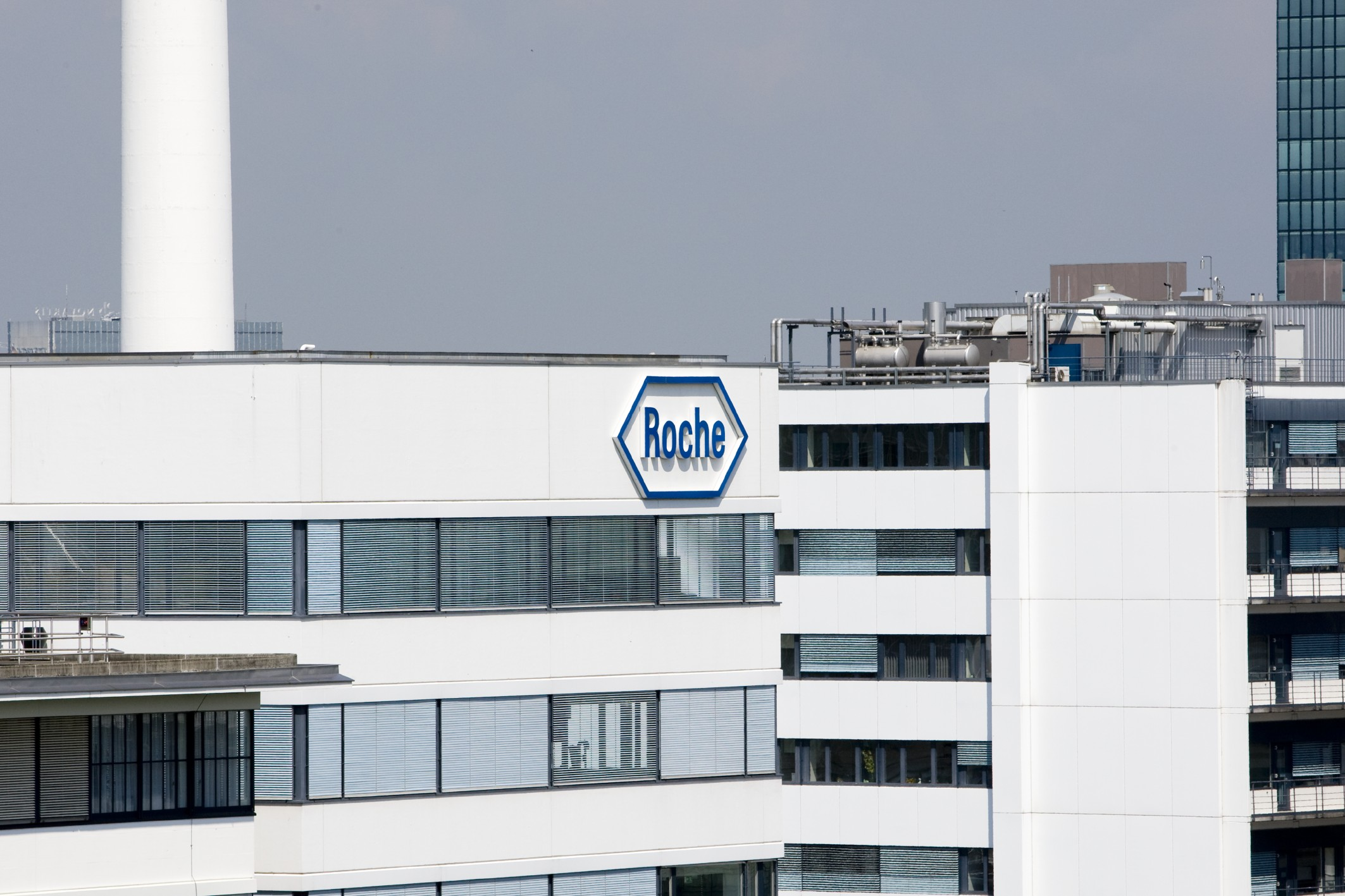 Roche Bulgaria signs 3.6 mln euro drug supply deal
